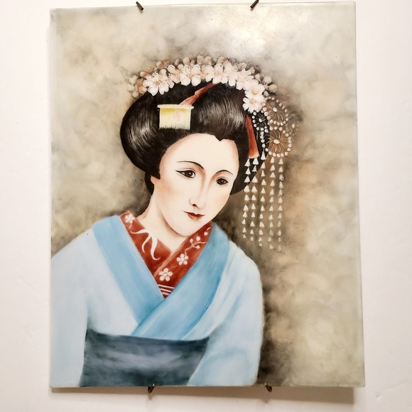 Unusual Painting of Japanese Lady Geisha on porc